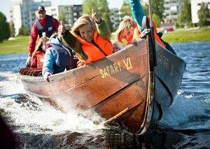 Crucero fluvial en barcazas tradicionales, Rovaniemi.