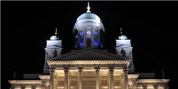 Catedral de Helsinki, en la  Plaza del Senado (Foto: VisitHelsinki.com)