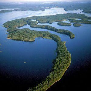 En kayak por el lago Saimaa