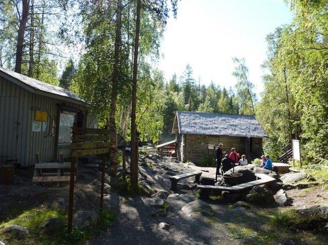 Una de las cabañas en la zona del Pienikarhunkierros, Ruta del Oso, Laponia, Finlandia.