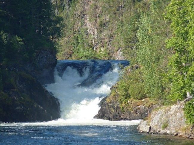 Esta cascada es un mítico de la zona del Pieni Karhunkierros, la ruta de 12km circular.