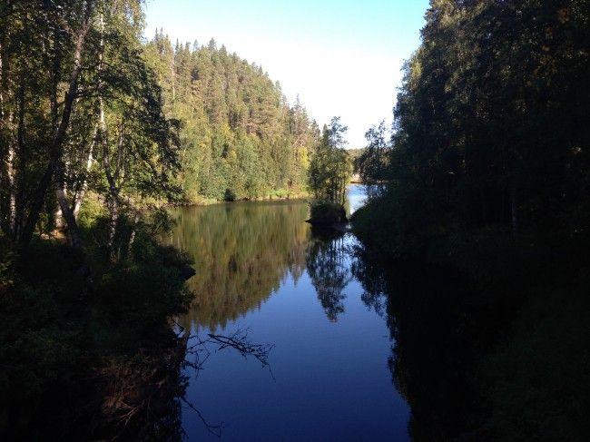 Río Oulankajoki en el Karhunkierros, Ruta del Oso, Laponia, Finlandia