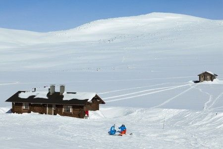 Back-country esquí en el Halti (1.324 m), la montaña más alta de Finlandia