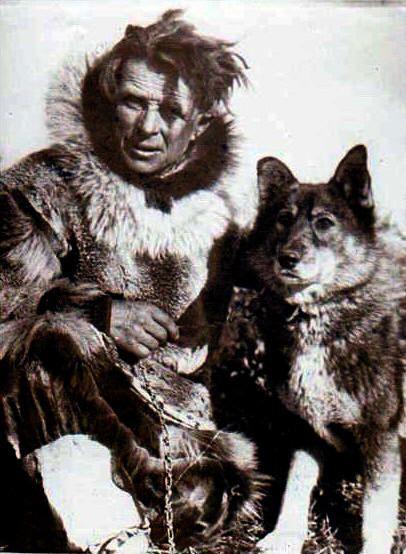 Leonhard Seppälä y Togo, su perro lider, en 1925.