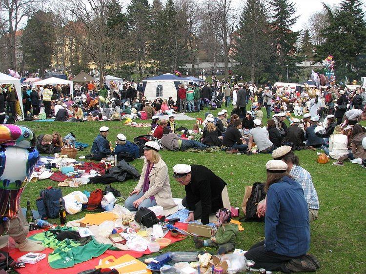Vappu, la gran fiesta en Finlandia