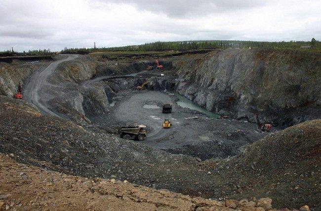 Mina de oro abierta en Kittilä