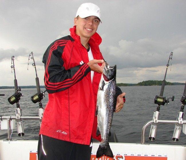 Pesca con guía en el lago Saima