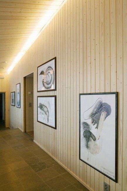 Villa a orillas del lago. Obras originales en su interior