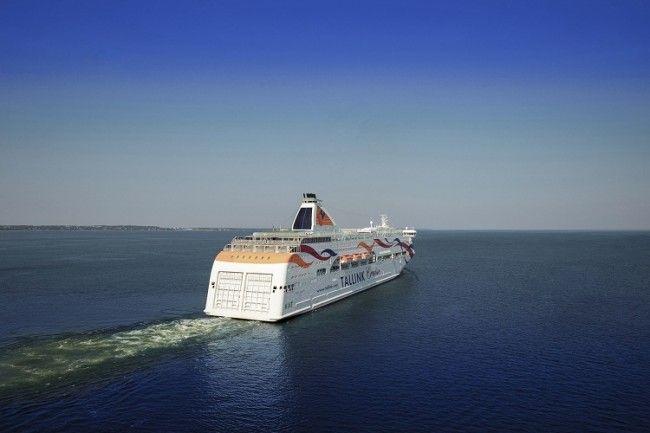 El Baltic Queen surcando el mar Báltico
