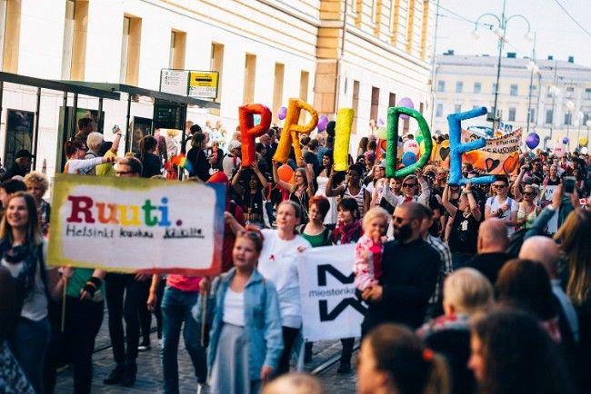 Pride Parade en Helsinki