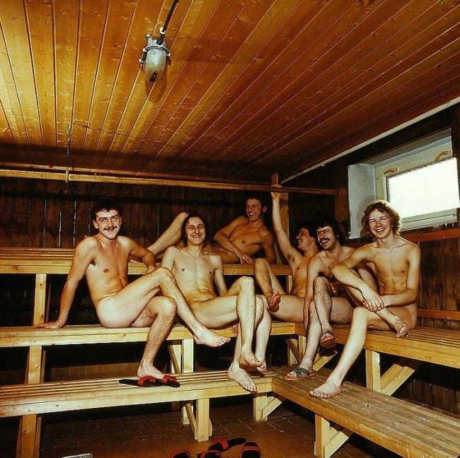 La sauna es lugar de reunión coloquio y fiesta