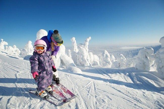 Los finlandeses empiezan a esquiar de pequeños. Esquí en Ruka
