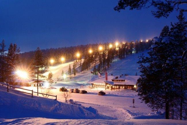 No importa la noche para la practica del esquí