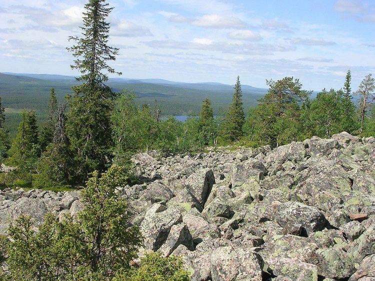 Magníficas vistas desde lo alto de una de las numerosas colinas que rodean Salla