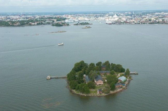 La pequeña isla de Lonna