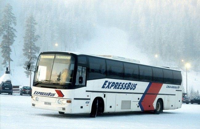 Donde no llega el tren o el avión llegan los autobuses