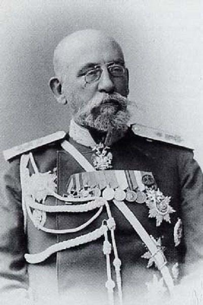 El general Nikolai Bobrikov