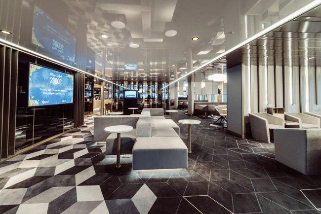 Salón interior Megastar