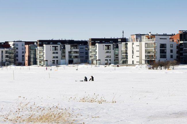 Pesca en el hielo en Helsinki