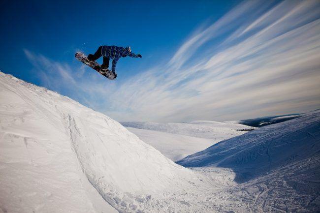 Snowboarding en Pyhä
