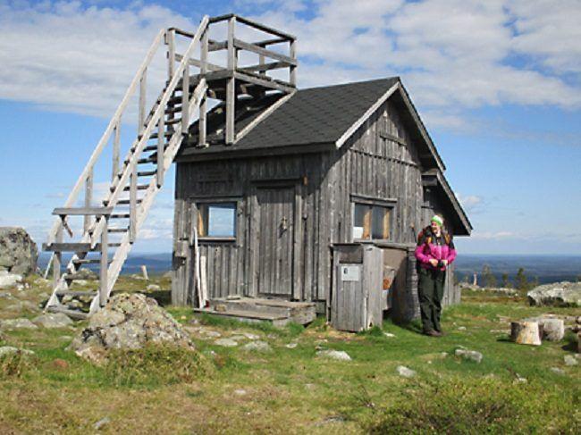 Cabaña en la cima de la colina de Otsamo