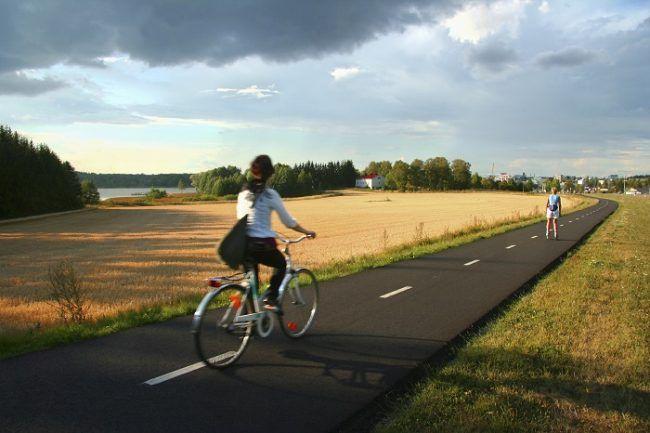 Finlandia esta llena de carriles para circular y andar con seguridad