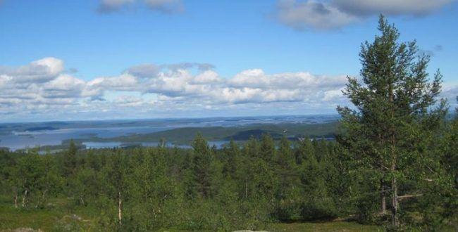 Vista del lago Inari
