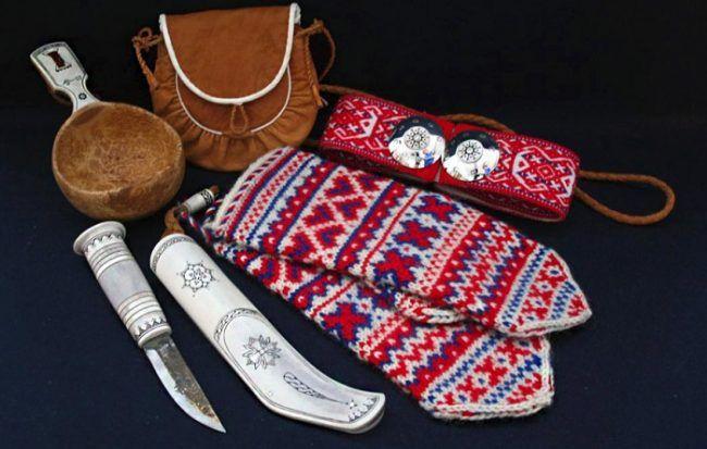 Algunos objetos de la tradicionales del pueblo Sami