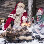 Papá Noel y un elfo de picnic