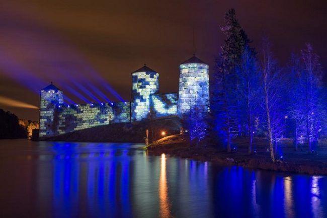 El castillo medieval de Olavinlinna en Savonlinna