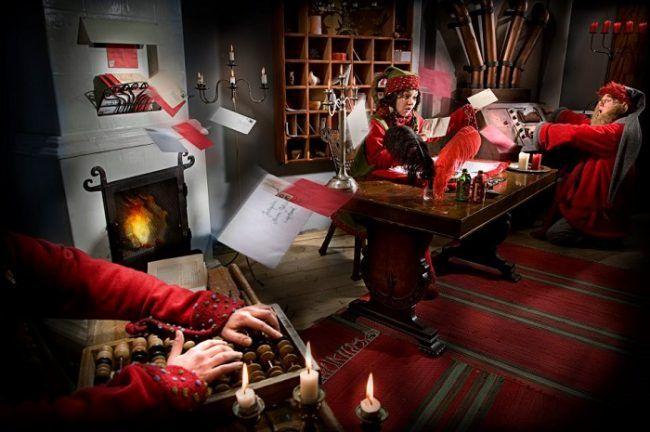 Los Elfos no siempre están jugando. También trabajan, y mucho!