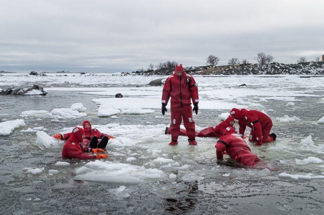A quien no le apetece un baño en el Báltico durante los meses de invierno