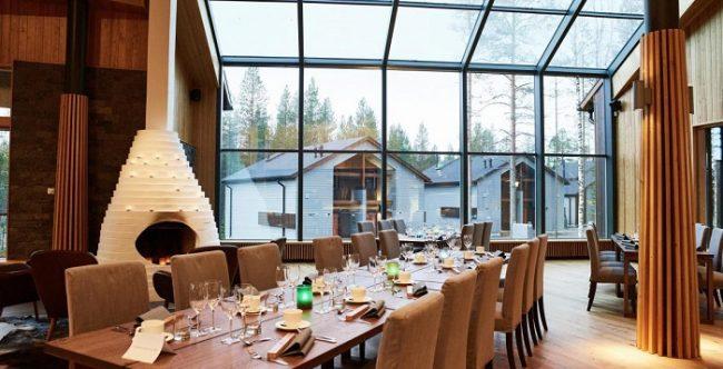 La cristalera del restaurante del hotel Nova Skyland nos da la oportunidad de ver la Aurora Boreal