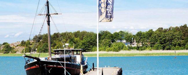 El barco pirata Rosita nos llevará a la isla Väski