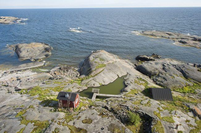 Cabaña en uno de los islotes rocosos del archipiélago de Porvoo
