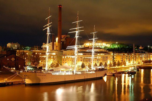 El buque Suomen Joutsen es hoy una pieza de museo del Forum Marinum de la ciudad de Turku