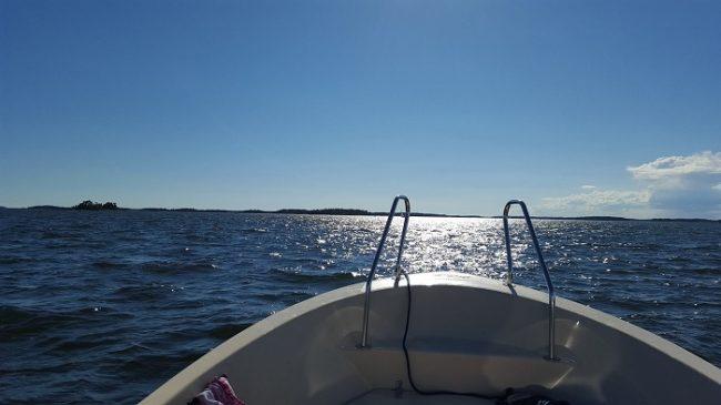 Navegando entre islas en el archipiélago de Porvoo