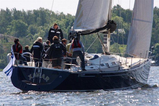 Navegando con velero por el archipiélago de Sipoo
