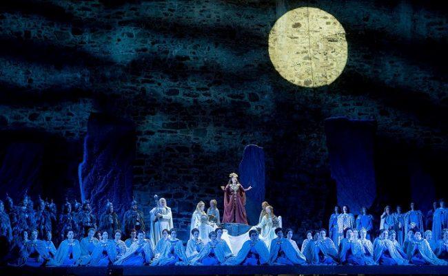Opera Norma durante el Festival de Opera de Savonlinna del año 2016