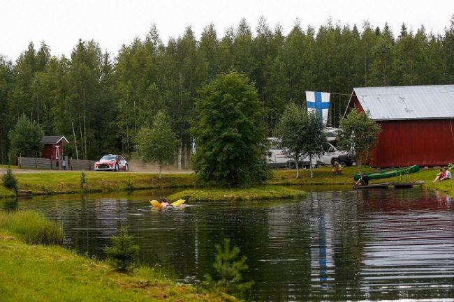 Se puede disfrutar de la naturaleza y al mismo tiempo del Rally de Finlandia