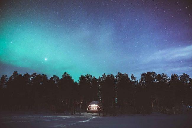 Iglú de Torassieppi y Aurora Boreal
