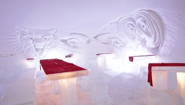 Restaurante de hielo en el Winter Village de Torassieppi