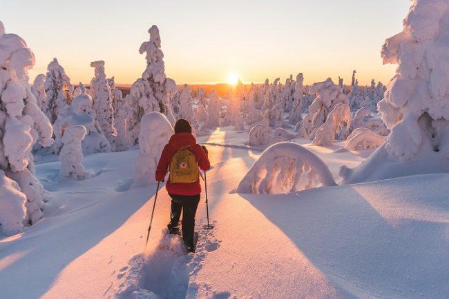 Bonitas vistas durante una excursión con raquetas de nieve en Ylläs