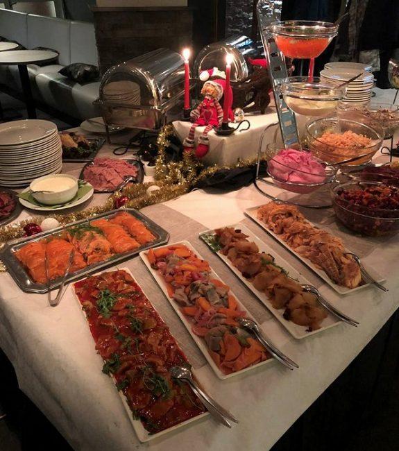 Buffet desayuno del Hotel Inari