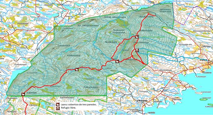Rutas (en rojo a píe y en azul con esquís) y refugios en el Parque Nacional de Riisitunturi