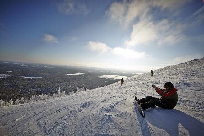 Las vistas desde la colina de Pyhä son espectaculares
