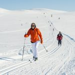 Practicando el esquí de fondo podemos recorrer lugares maravillosos y salvajes