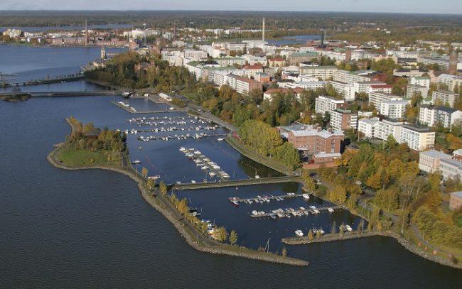Vista aérea de uno de los puertos deportivos de Vaasa