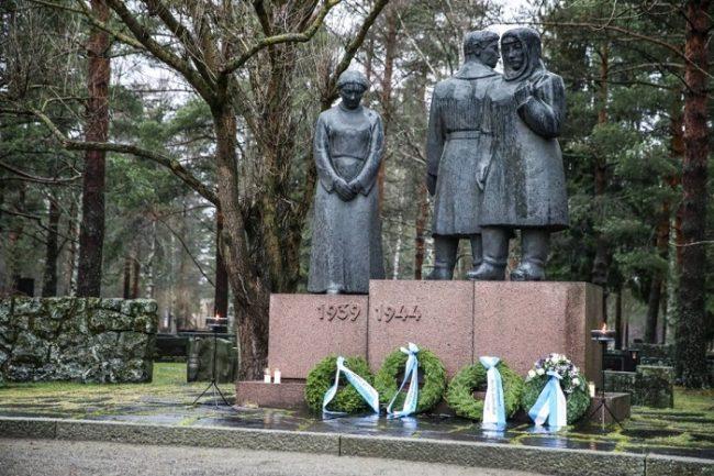 Memorial en el cementerio de Joensuu