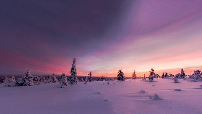 Paisaje de Hetta. Foto tomada a finales de la noche ártica -llamada Kaamos